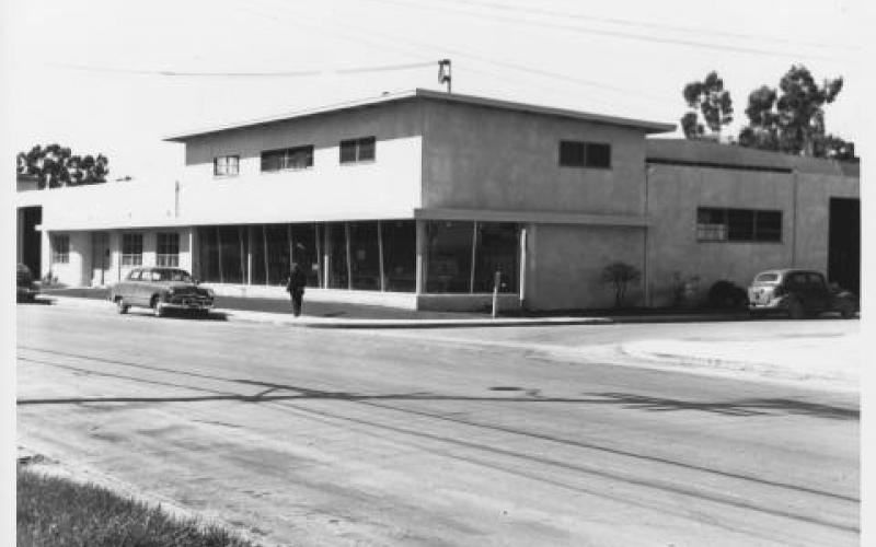 Unidentified Sonoma County commercial building, circa 1940s photo
